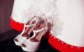 Suknie wieczorowe na bal, wesele, studniówkę – jak wybrać?