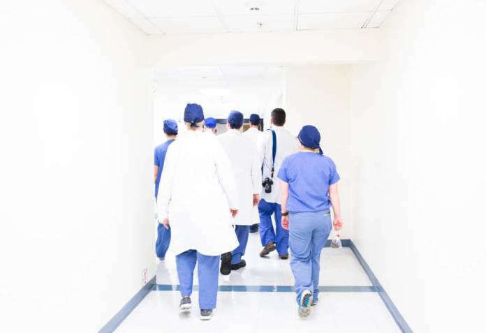 Modna i nowoczesna odzież medyczna